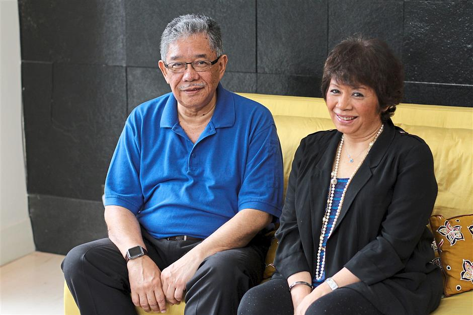 Speaking up: Tawfik and Zailah from the G25 group are calling to the moderate 'Blue Shirts'.