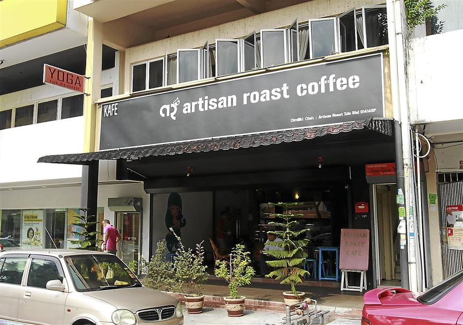 The Artisan Roast Coffee cafe in Taman Tun Dr Ismail.- Art Chen/The Star. 19 SEP 2013.