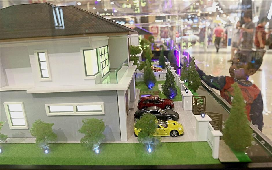 A scale model of the Eco Florenz project by Bertam Perdana.