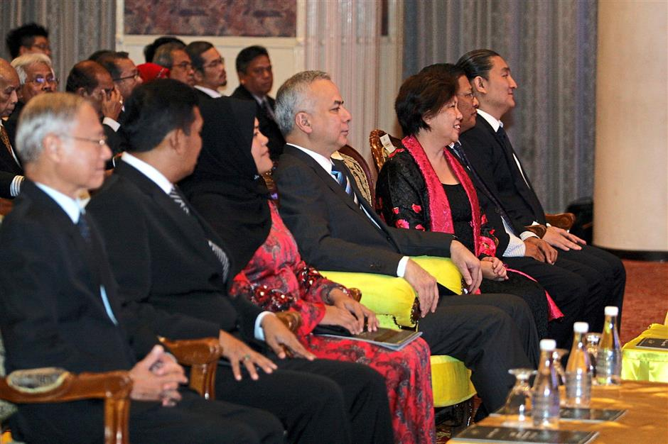 ipabach200815 7... Sultan of Perak Sultan Nazrin Shah (fourth from left) sitting in the audience during PSPA International Ensembles A Night of Musical Kaleidoscope - From Bach to Yiruma at Syeun Hotel on Aug 20.