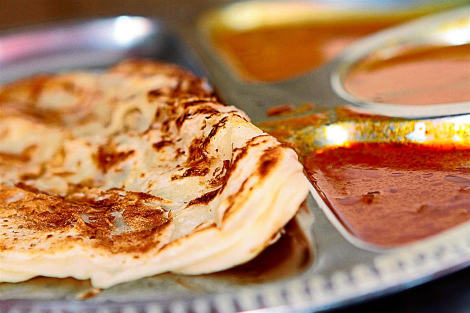 Roti canai should not be elastic but easy on chewing.