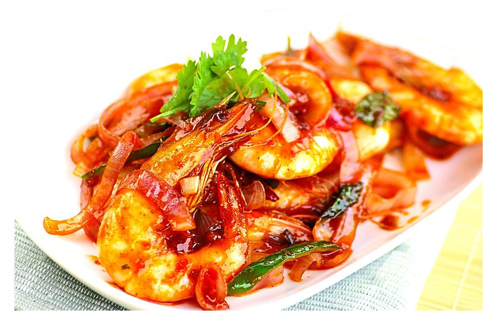 spicy saucy prawns