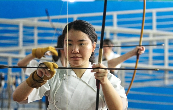 Shaho-Hassetsu refers to the eight stages of shooting which trainees must perfect to advance in the art of Kyudo.