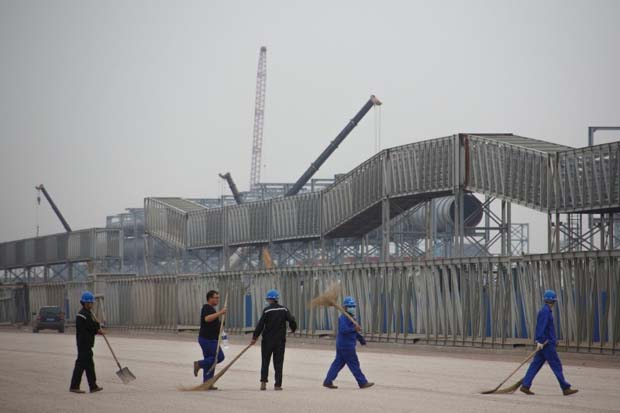 China's steel heartland tests mills' mettle with new smog