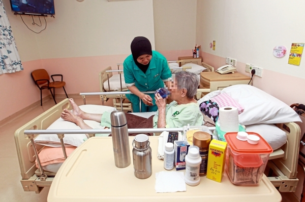 To operate as a nursing home, care must be provided by a registered nurse in accordance with a medical practitioner's directions, as per the Private Healthcare Facilities And Services Act 1998 (Act 586). — Photos: ART CHEN/The Star
