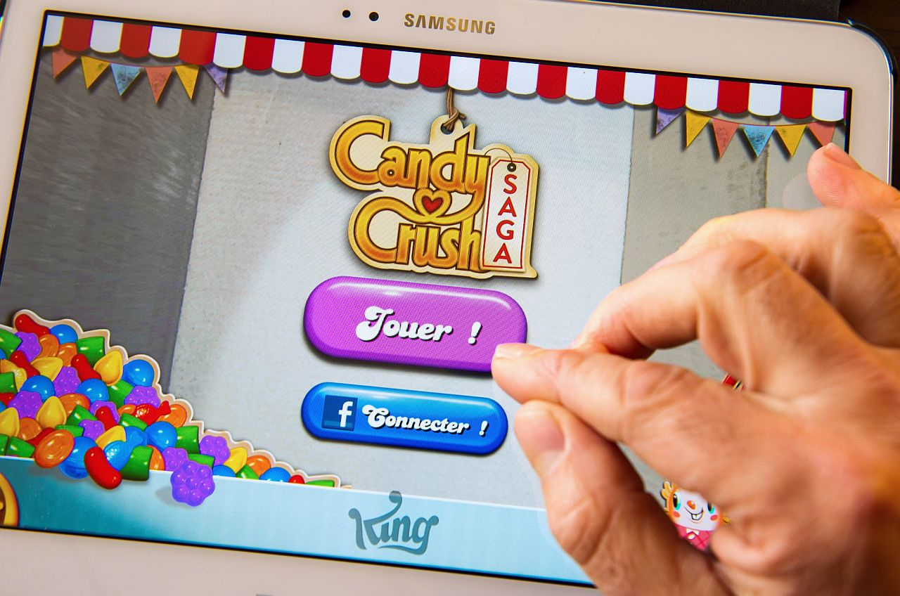 SMASH HIT: Mobile game maker King Digital Entertainment Plc priced its initial public offering on Tuesday at the mid-point of its expected range, valuing the Candy Crush Saga maker at about US$7.1bil (RM23.43bil) despite questions about whether it can replicate the success of its smartphone smash-hit. u2014 u00a9AFP/Relaxnews 2014