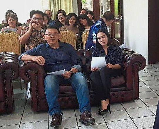 Back to life: Ahok attending a thanksgiving service in Jakarta with family and friends after being released from prison. Ahoku2019s rumoured girlfriend Puput (right). u2014 Antara Foto/Reuters