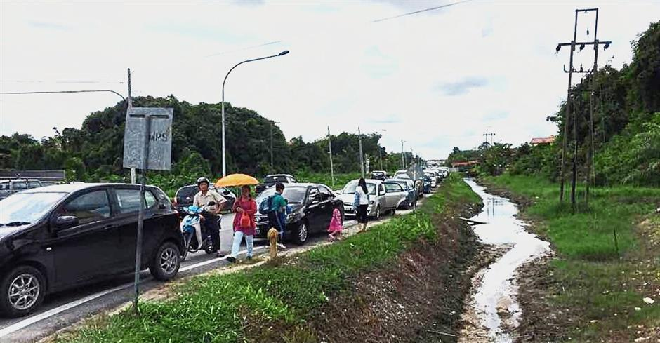 New road to ease congestion near school | The Star Online