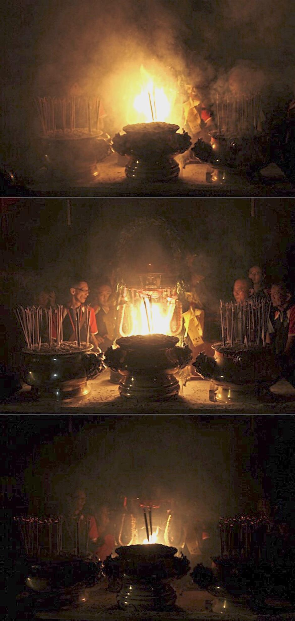(Top to bottom) Photos showing the intensity of the flames during the ritual to predict the three cycles of the state's economy.