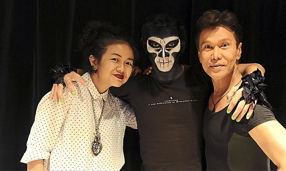Working together: (From left) Melinda Looi, Anthony (the magician) and Datuk Ramli Ibrahim.
