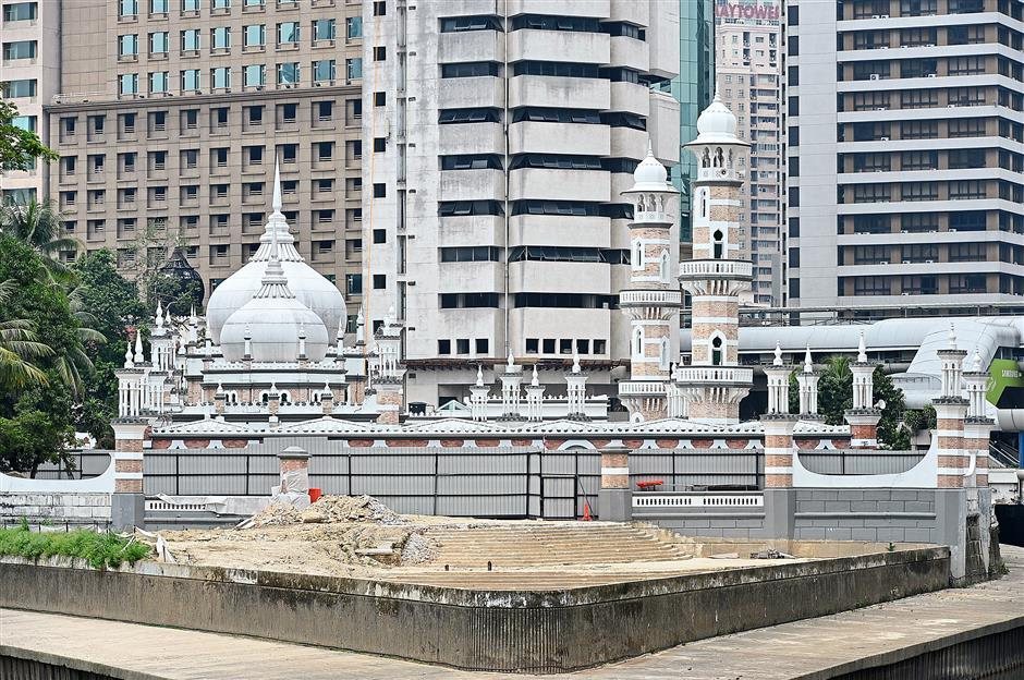 The recently unearthed steps adjoining Masjid Jamek leads to the discovery of lost history.