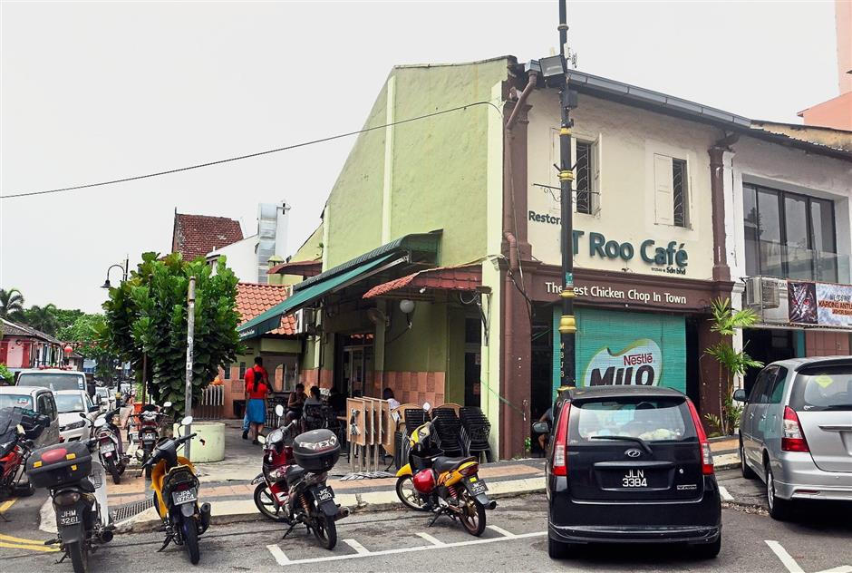 Many pre-war shophouses in the old parts of Johor Baru city centre have been converted into restaurants and cafes.