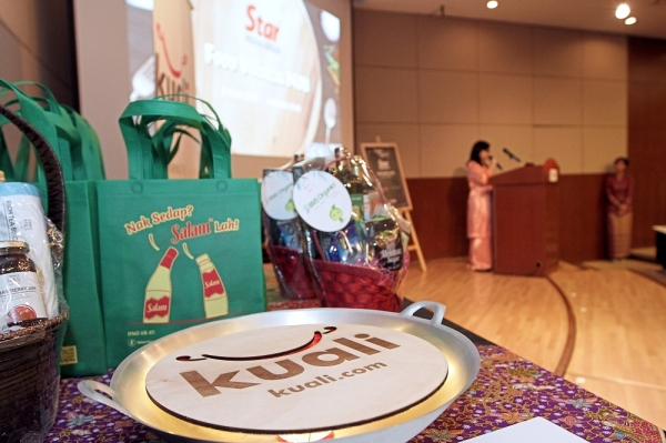 The Cook, Win & Celebrate: SMG Kuali Raya Celebration contest offered attractive prizes worth RM1,000 for staff members.