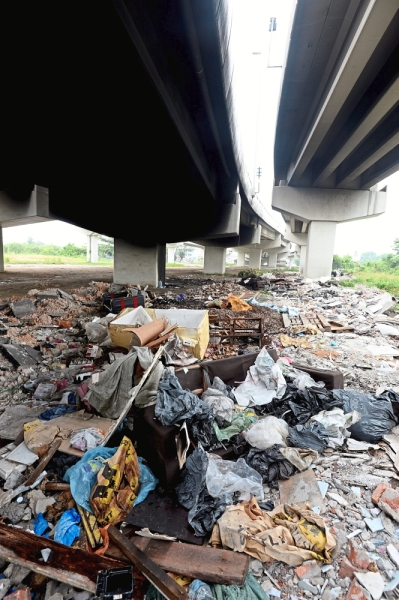 Mounds of rubbish have made the area an eyesore.