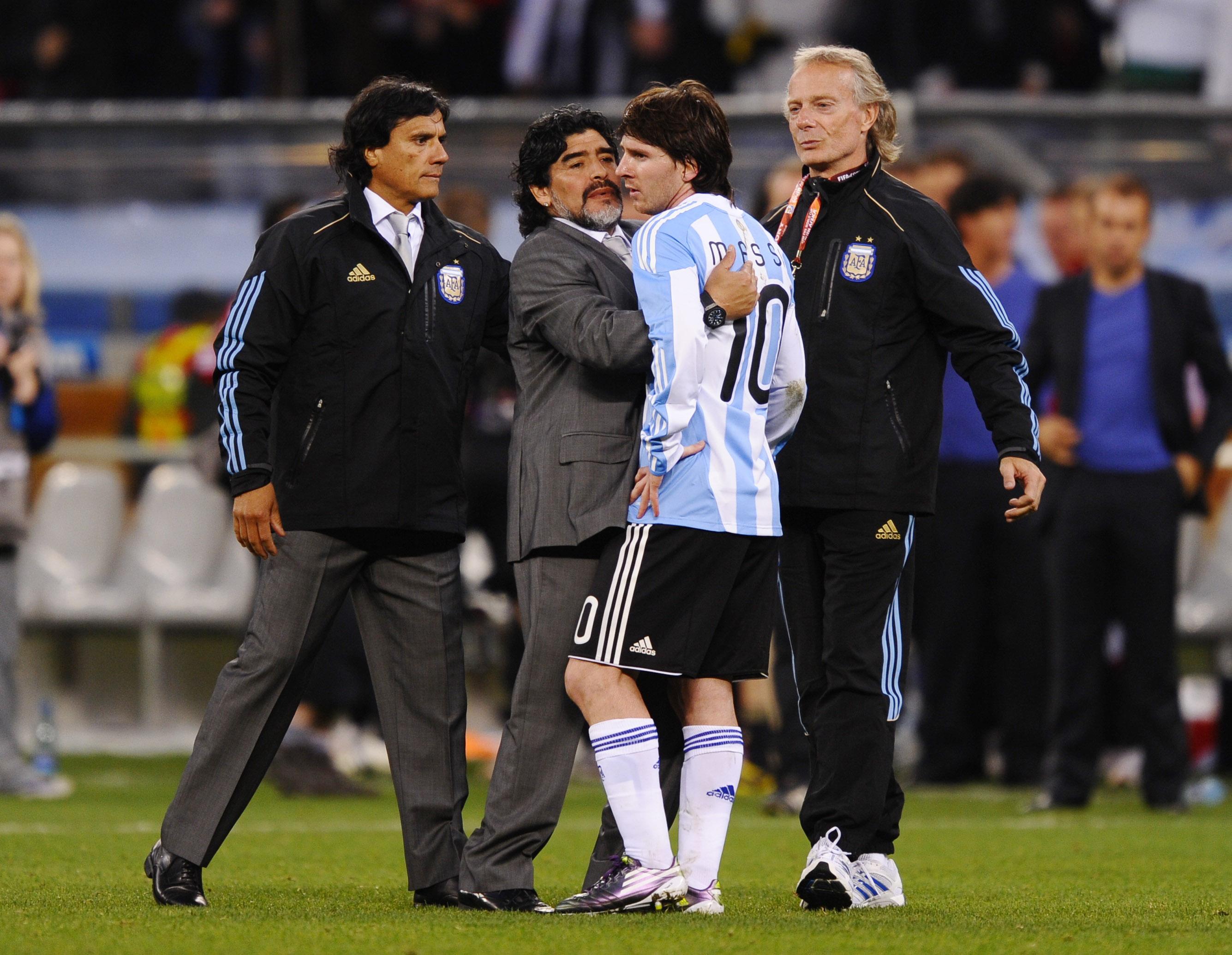 Kết quả hình ảnh cho Messi Maradona