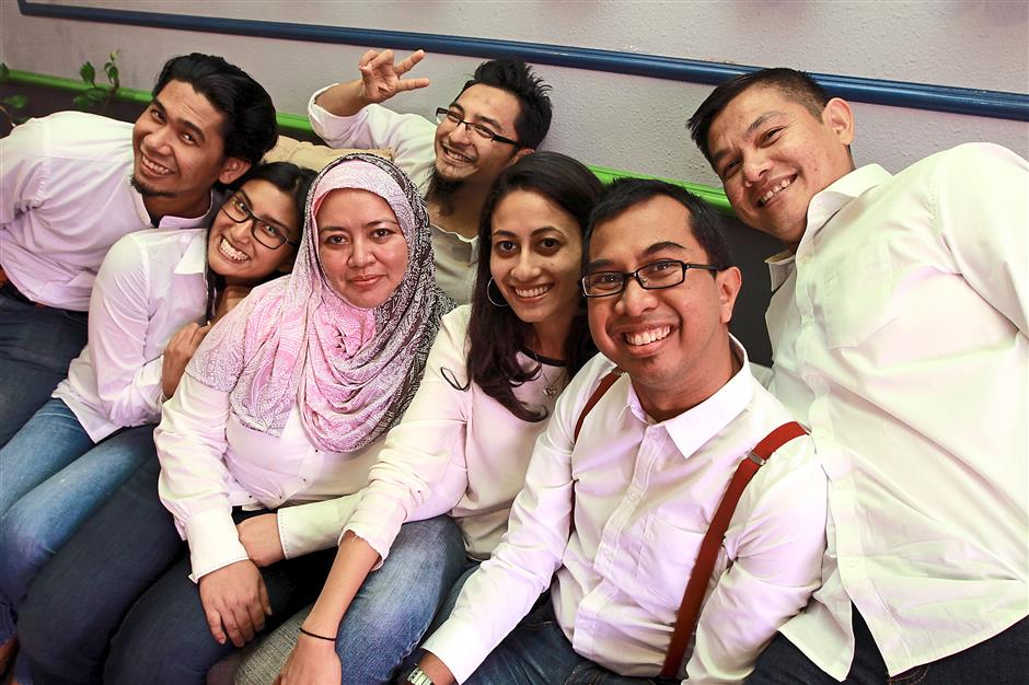 One wefie for the album: (Front, left to right) Hafiz, Lee, Hayati, Syarifah Athirah, Syed Azmi, Fadly, and Ahamad (behind).