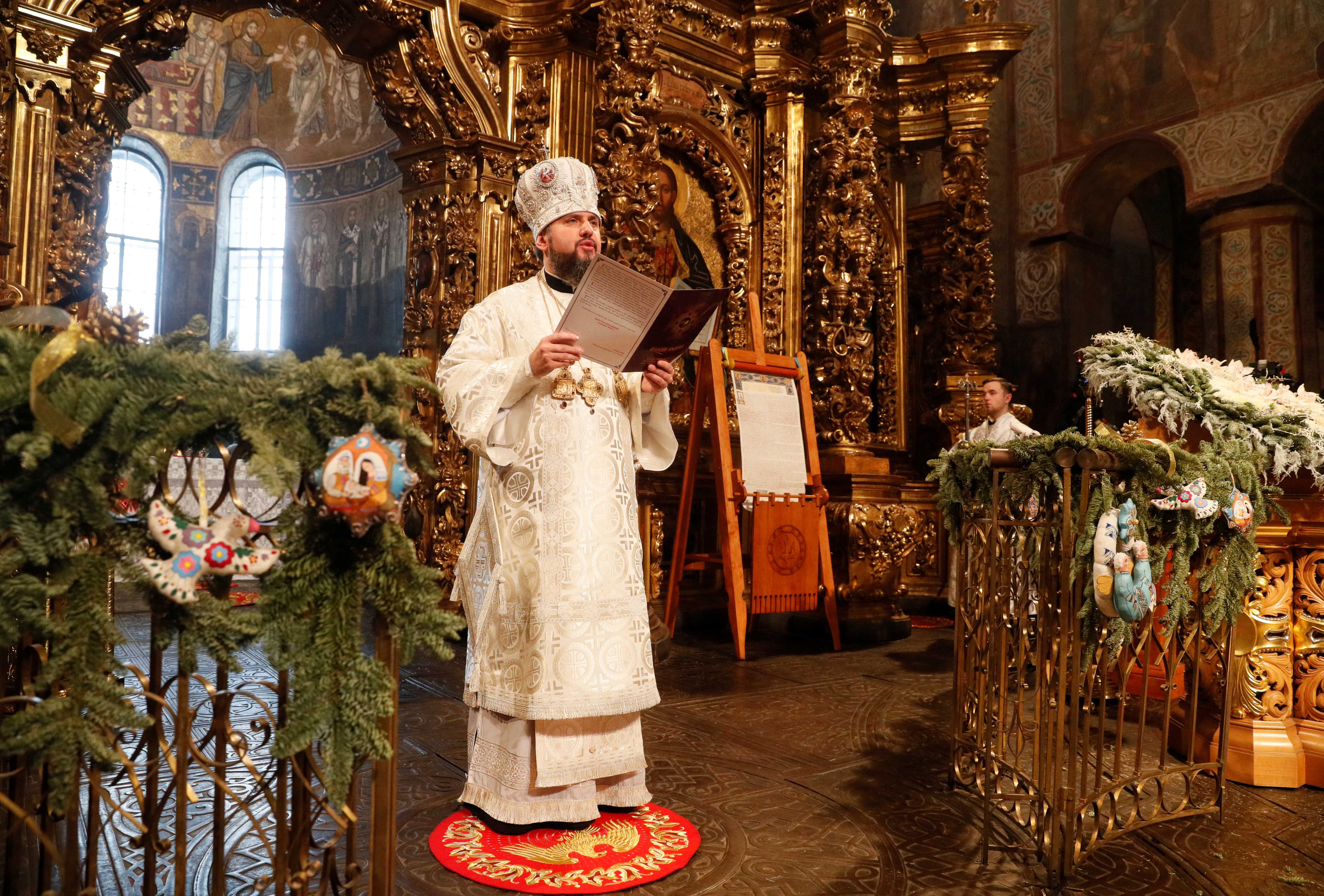 Orthodox Christmas 2019.Ukraine Orthodox Church Marks First Christmas Free Of