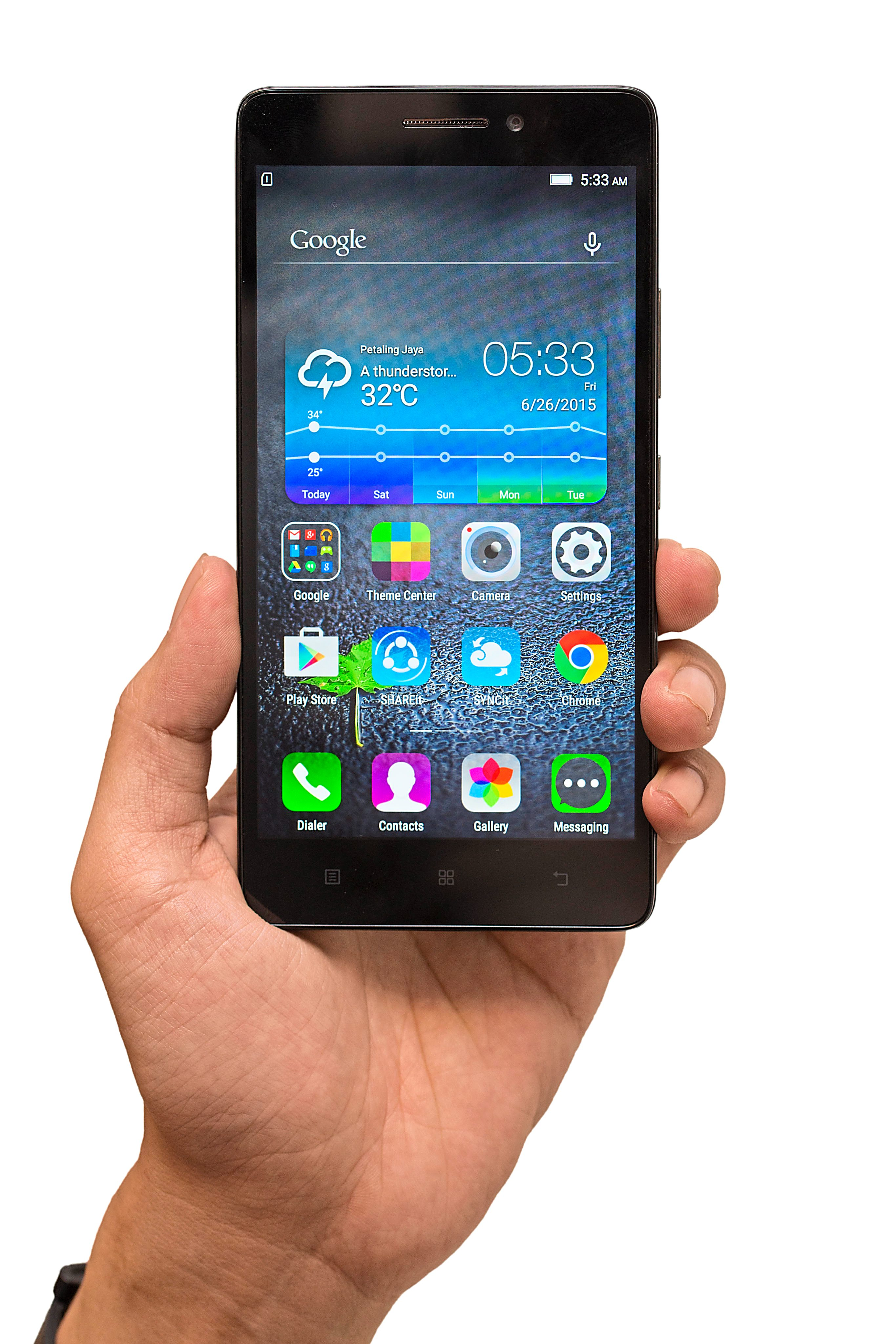 1 The A7000 receives the much needed Material Design makeover with Android Lollipop.
