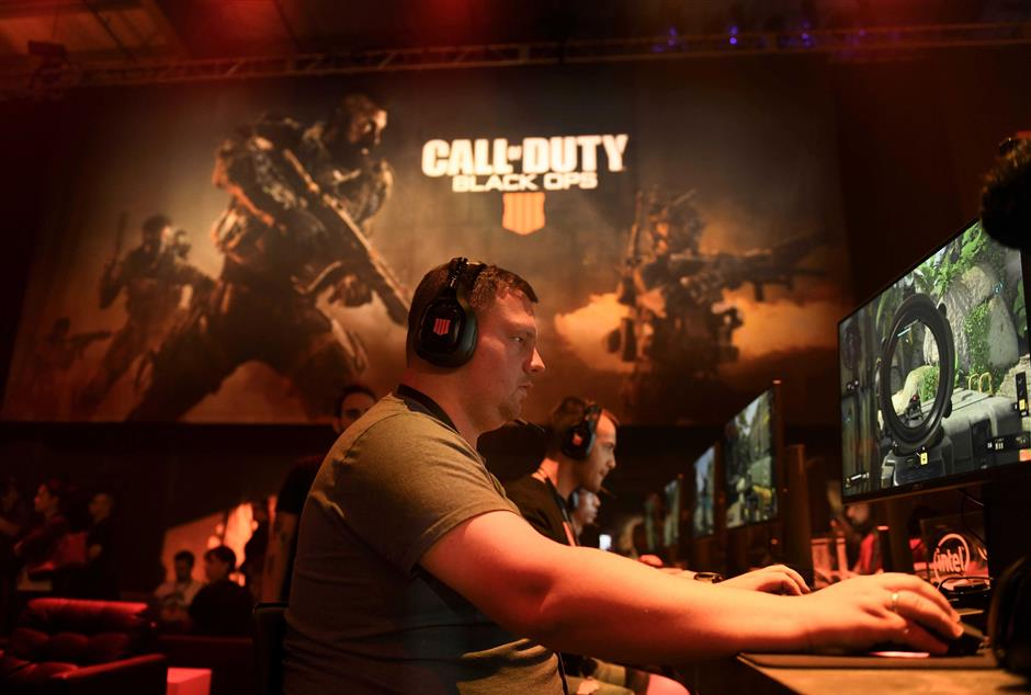 May 17, 2018; Hawthorne, CA, USA; Gamer Andrew Sirotin plays Call of Duty: Black Ops 4 during a reveal event at the Jet Center. Mandatory Credit: Robert Hanashiro-USA TODAY