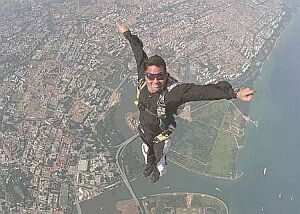 f_14skydiving