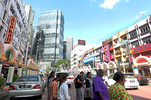 There are over 500 budget hotels in  Kuala Lumpur including several in Brickfields, which is a tourist destination.  u2014 Filepic