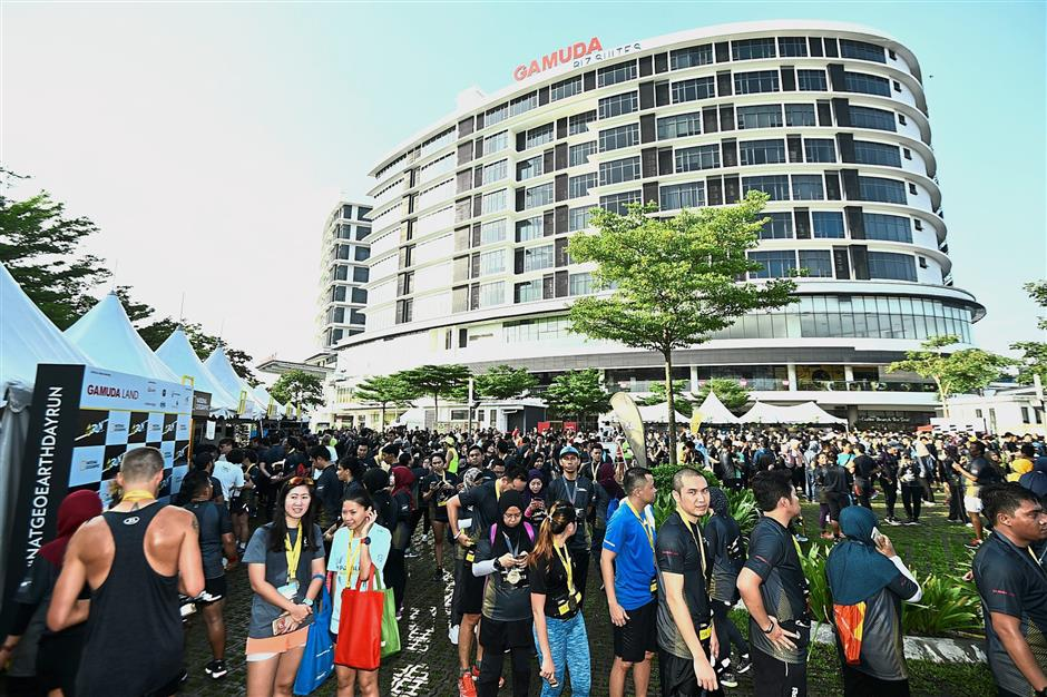 More than 2,000 participants turned up for the NatGeo Earth Day Run, in which Gamuda Land was the official venue partner.