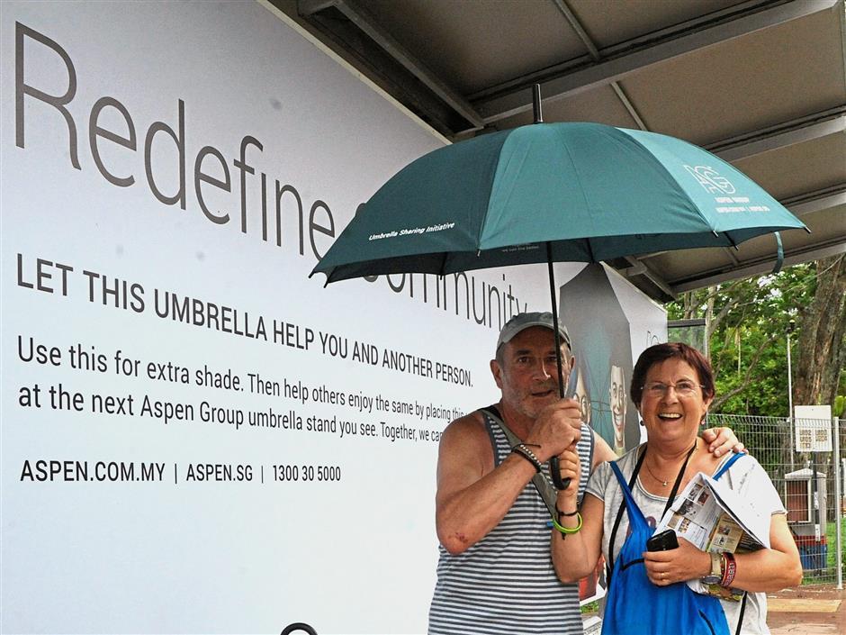 Great idea: Agirreazaldegi, and Rekomdo at the bus stop in Light Street, George Town.
