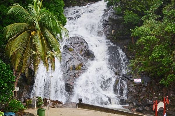 Kota Tinggi Waterfalls, located about 15km from Kota Tinggi town and 60km from Johor Baru, is a popular tourist attraction.