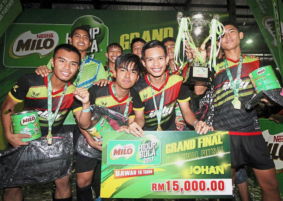 Ally FT (A) became arguably the best Under-16 futsal team in the country after emerging champions in the 12th Milo Hidup Bola Grand Finals.