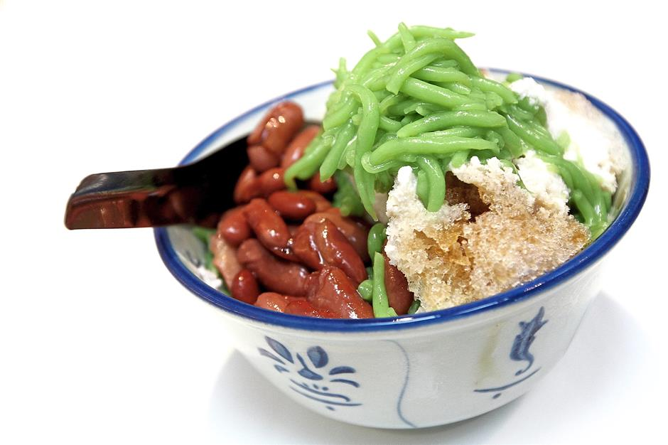 Malaysia Boleh's cendol is so popular with diners that it can sell up to 650 bowls a day.