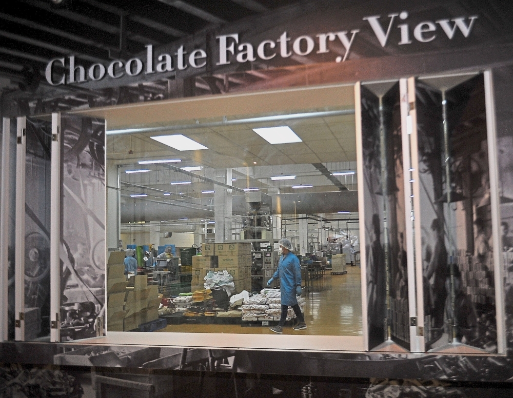 At Chocolate Museum 2.0, the public can take a peek into the operations of a chocolate factory.