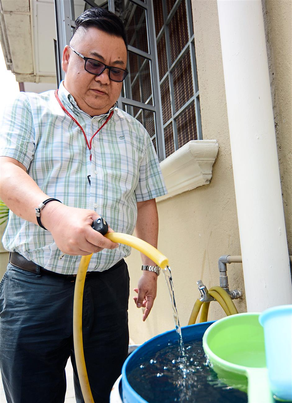 Poor water supply in Sri Petaling for weeks | The Star Online