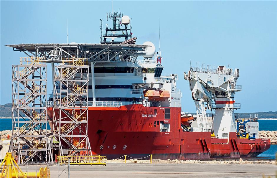 The search continues: The u2018Seabed Constructoru2019 berthing at the Australian Marine Complex for a scheduled refuelling at Fremantle, Perth. u2014 AFP
