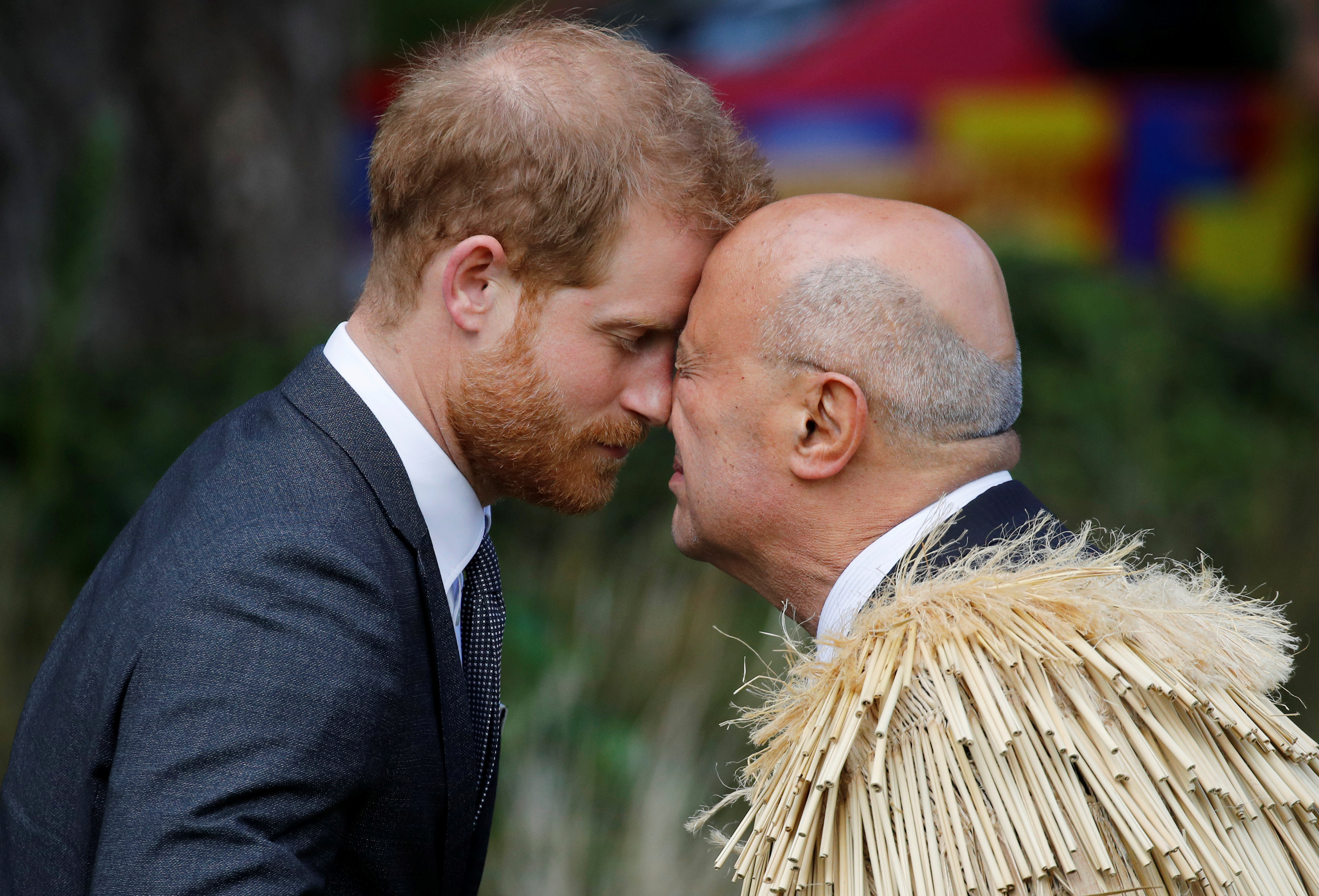 Prince Harry exchanges a hongi during a welcome ceremony at Government House in Wellington, New Zealand, October 28, 2018. REUTERS/Phil Noble