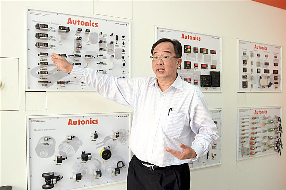 Lim explaining the various types of sensors used in automated machinery, system and robotics.