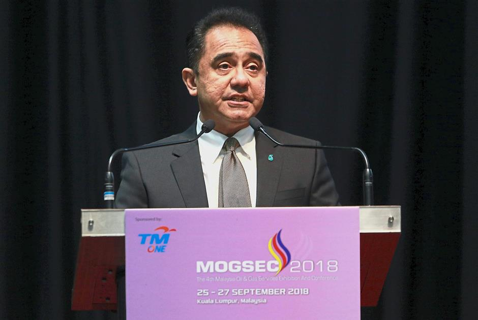 President and Group CEO of Petronas Tan Sri Wan Zulkiflee Wan Ariffin deliver a speech at the opening of the 4th Malaysia Oil and Gas Serive Exhibition and Conference at Kuala Lumpur Covention Centre.AZHAR MAHFOF/The Star(25/9/2019)