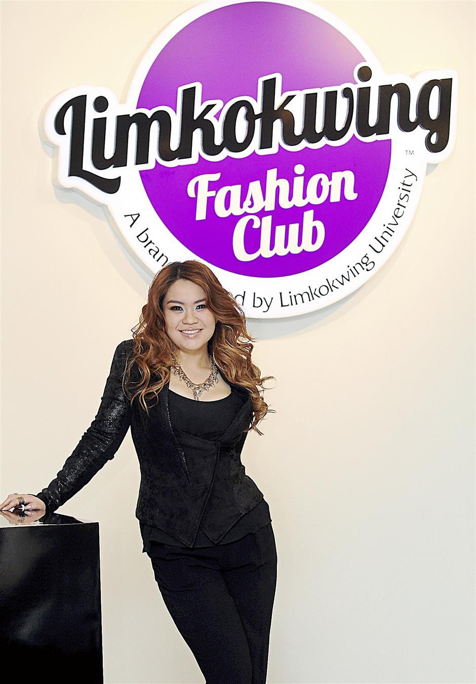 Tiffanee at Limkokwing Fashion Club's boutique at Publika, Solaris Dutamas, Kuala Lumpur.
