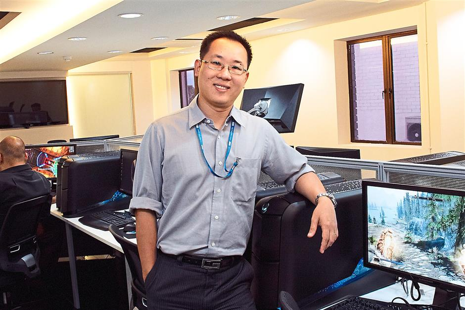 Tan says students need to be agile to adapt to rapidly changing technology.