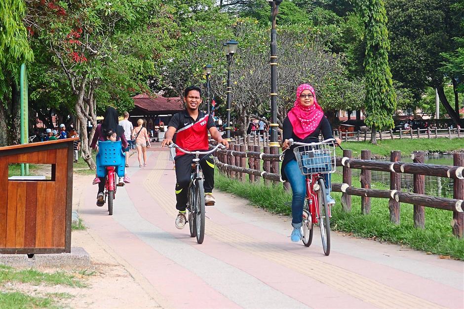 7. Titiwangsa Lake Garden. 10 leisure cycling hotspots.