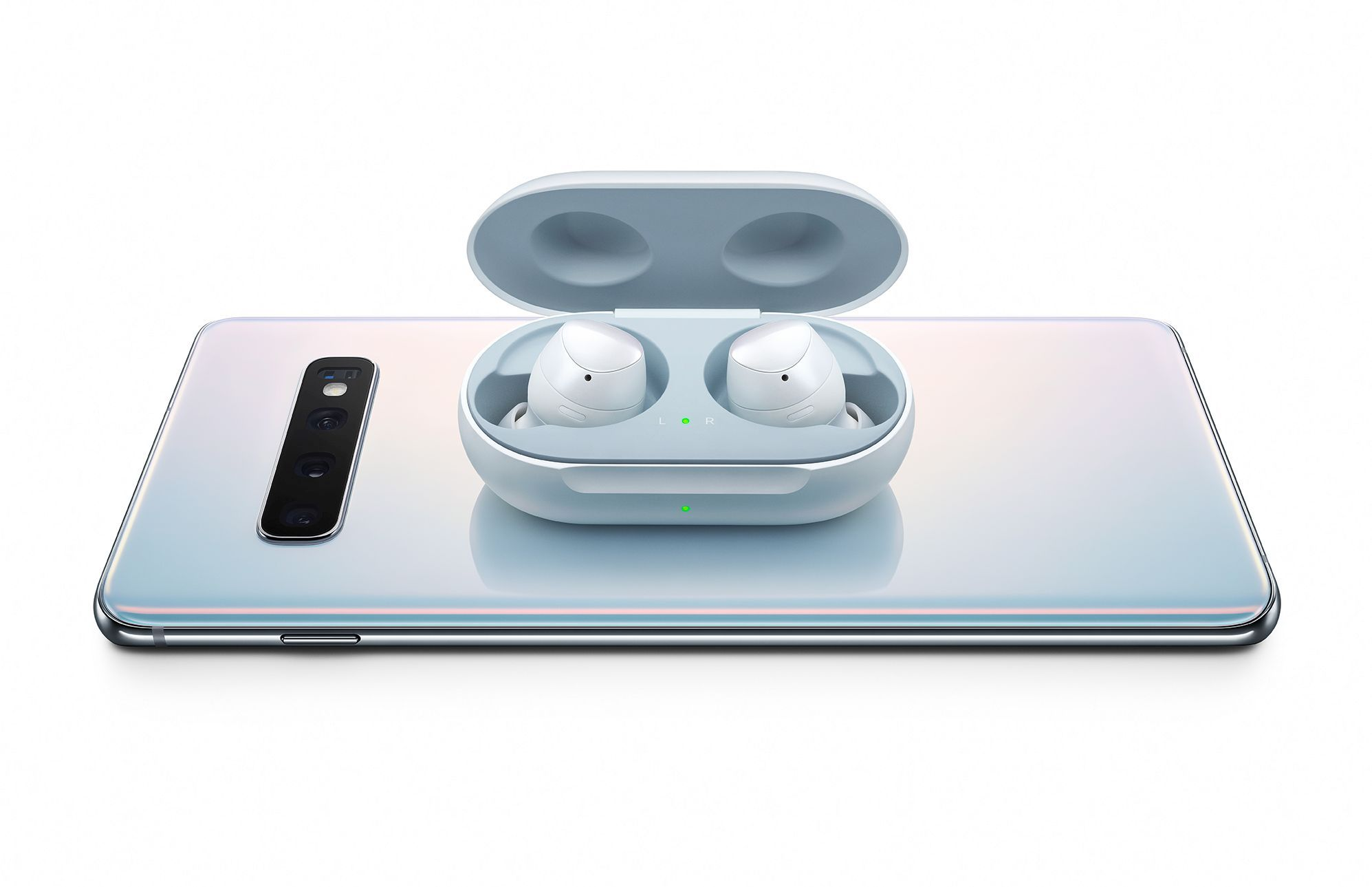 Caption: Pair your new Samsung Galaxy S10+ with Galaxy Buds whenever you are on the go.