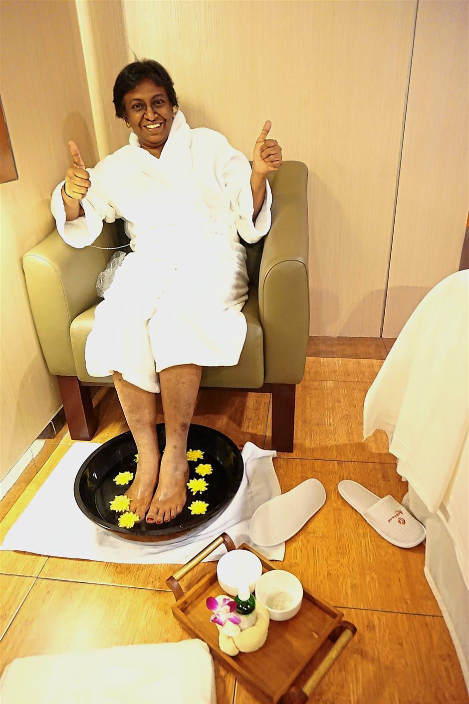 Parameswari enjoying her treatment at M Spa, Genting Grand.