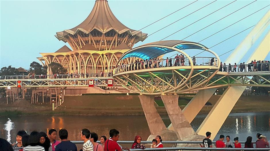 The Kuching Riverfront that covers an overhead bridge and the State Assembly complex among others is a popular tourist spot.