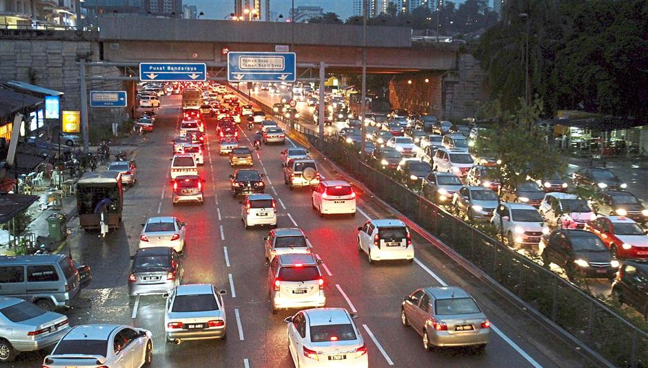 Heavy traffic in Kuala Lumpur is not a deterrent to those who dream of living and working in the capital city.