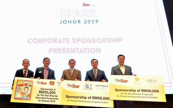 For the future: Fu (centre) with (from left) Star Media Group special officer in group managing director and chief executive officer's office Loo Phan Kooi, Chin Huat, Boon Hock and Eng at SPARK Johor 2019 in Johor Baru.
