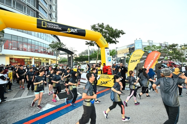 National Geographicu2019s Earth Day Run this year is aimed at reducing the amount of single-use plastic. u2014 Filepic