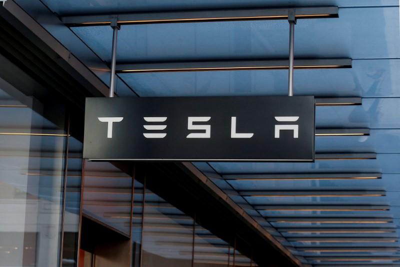 Battery in fatal Tesla crash in Florida reignited twice