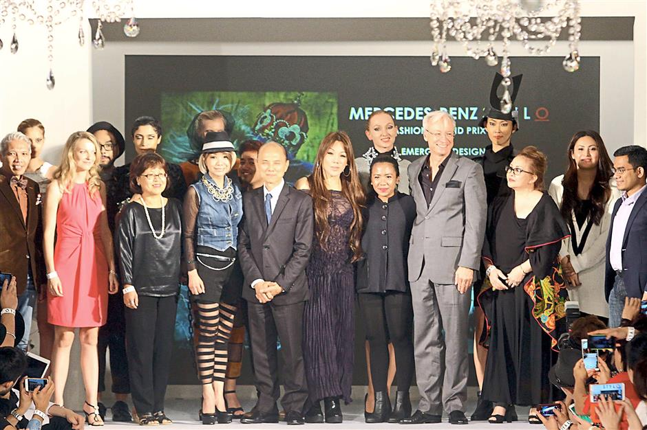 Inspiring young talents: (Front row from left) Bon Zainal, Judy, Aureen, Loo, Datuk Jimmy Choo, Yeoh, Nur Syahira, Folger, Sabrina, Ungku Nur Anna Alyssa Abd Majid, and Izwan.