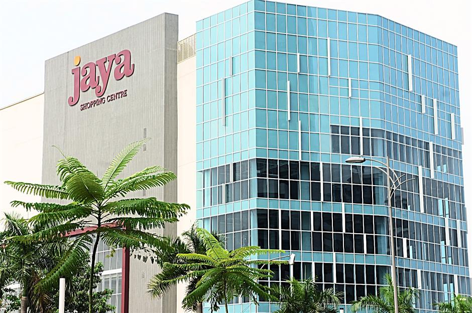 The new Jaya Shopping Centre  after the redevelopment at the same location of the former Jaya Supermarket in Section 14.