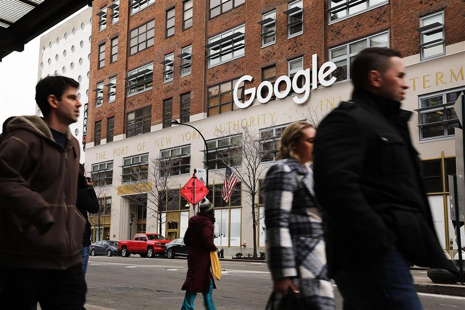 NEW YORK, NY - MARCH 05: Google\'s New York office is shown in lower Manhattan on March 5, 2018 in New York City. Published reports say that the tech giant is close to a reaching a $2.4 billion deal to buy the landmark Chelsea Market building. The building, a block-long former Nabisco factory that is named after its ground-floor gourmet food mall, sits directly across from Google\'s current New York City headquarters in the Meatpacking District. If the sale goes through, it would be one of the most expensive real estate transactions for a single building in New York City history.   Spencer Platt/Getty Images/AFP == FOR NEWSPAPERS, INTERNET, TELCOS & TELEVISION USE ONLY ==