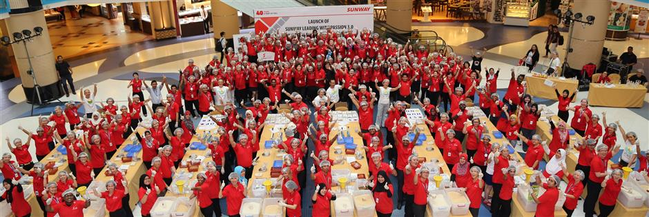 Sunway employees as volunteers for Stop Hunger Now 2013 – Sunway Group's Stop Hunger Now Meal Packaging Programme under the C.A.R.E. projects.